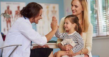 Kobieta z dzieckiem u lekarza